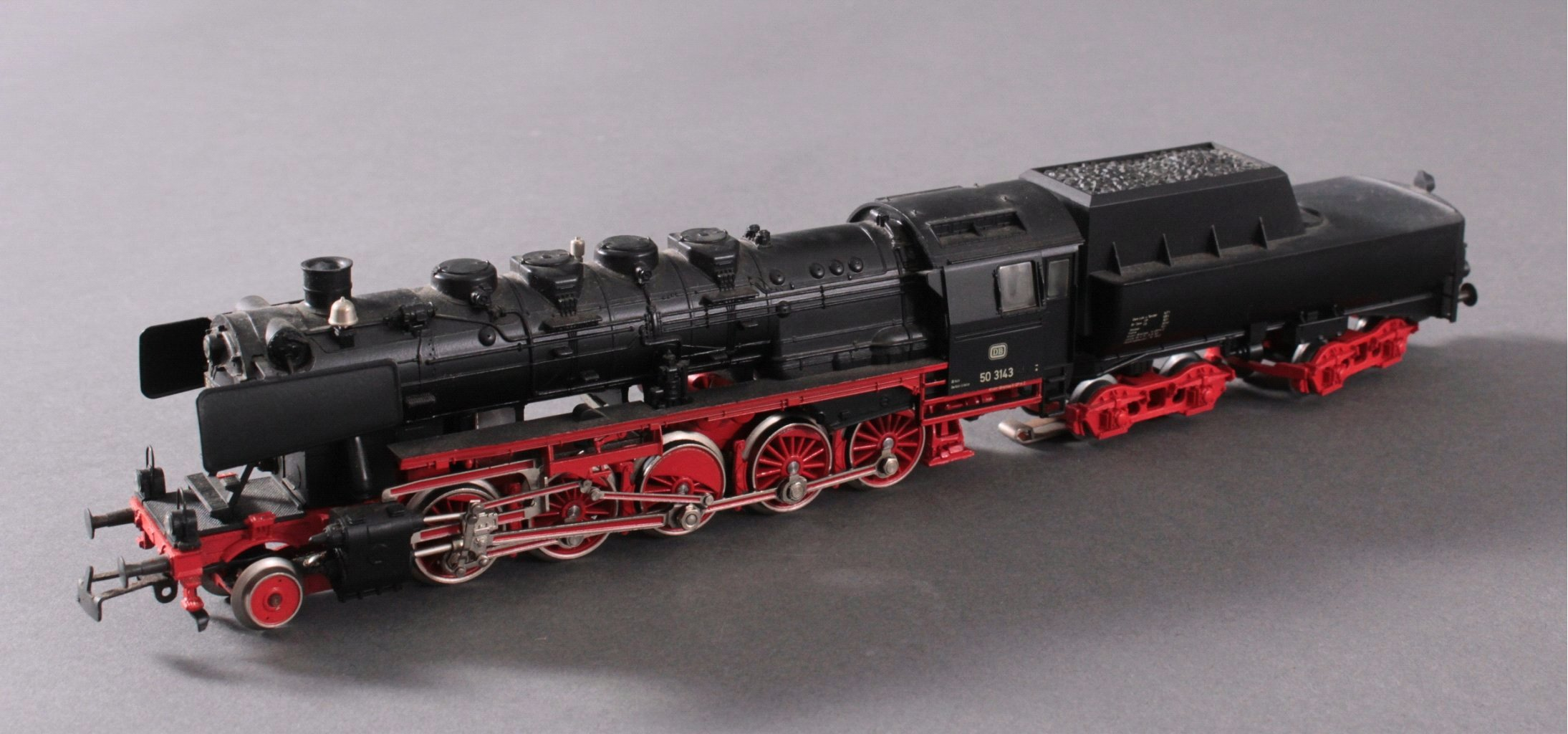 Märklin H0 3315 Dampf-Lok Baureihe 50 3143 DB in schwarz mit-1