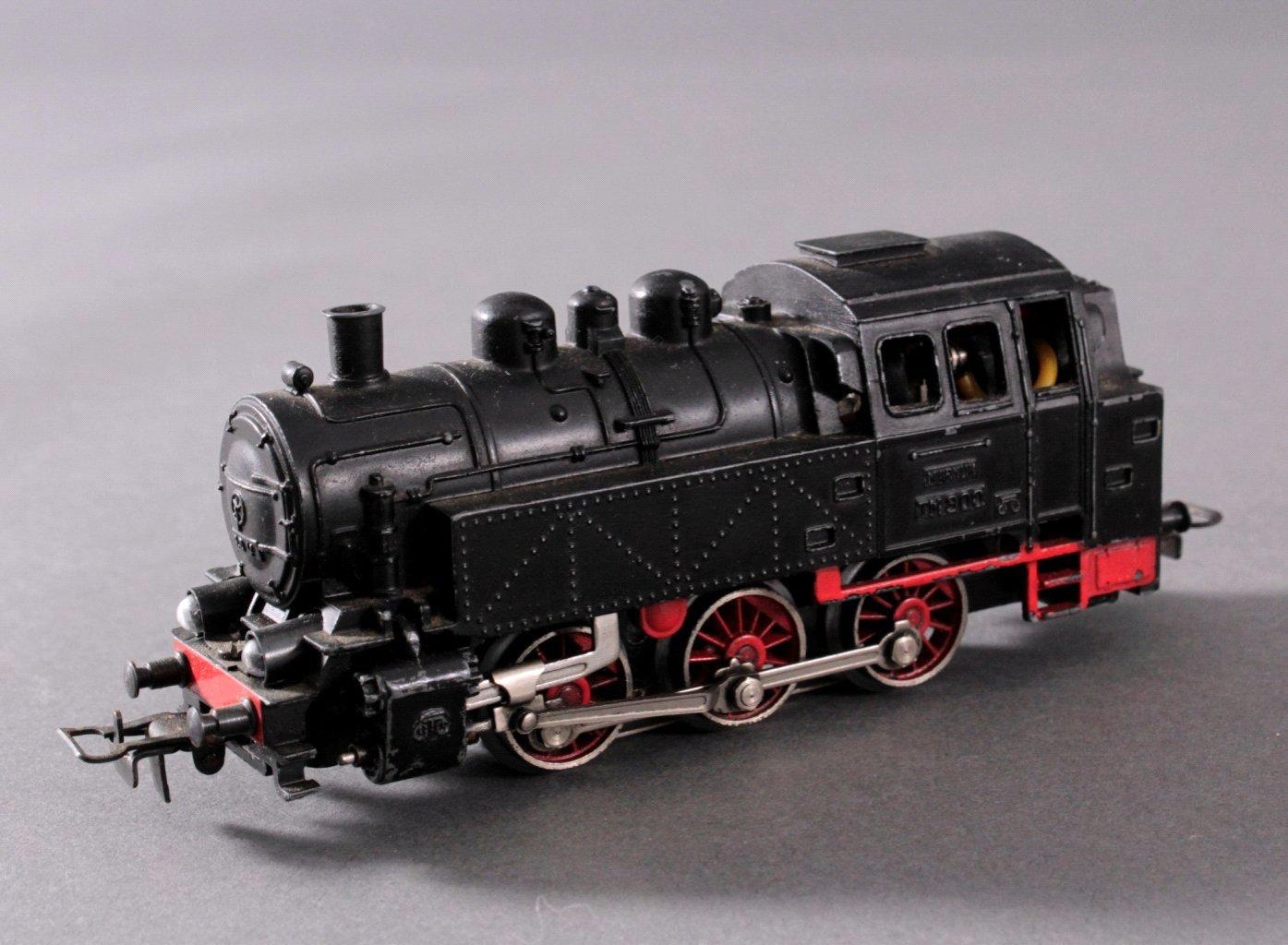 Märklin H0 Dampf-Lok TM 800 DB in schwarz mit-1