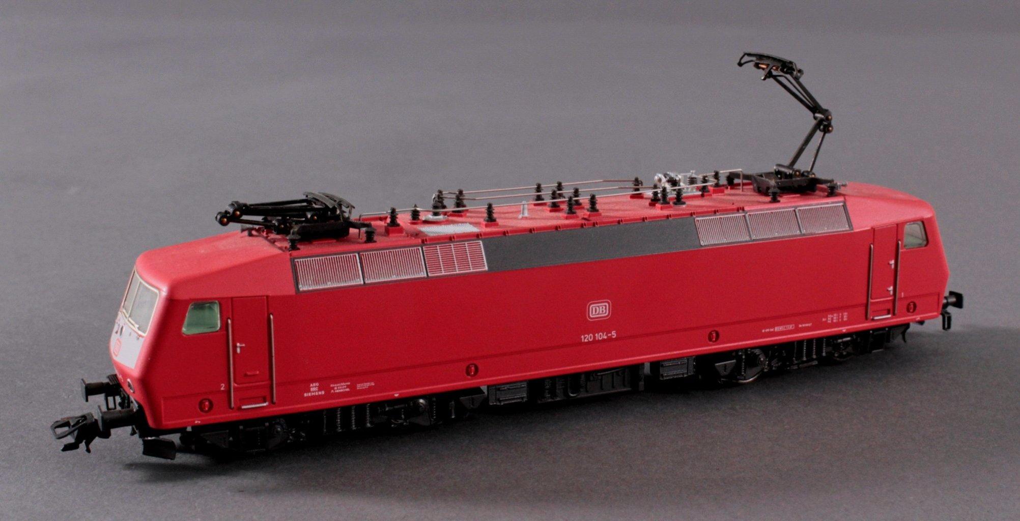 Märklin H0 3353 E-Lok BR 120 104-5 DB