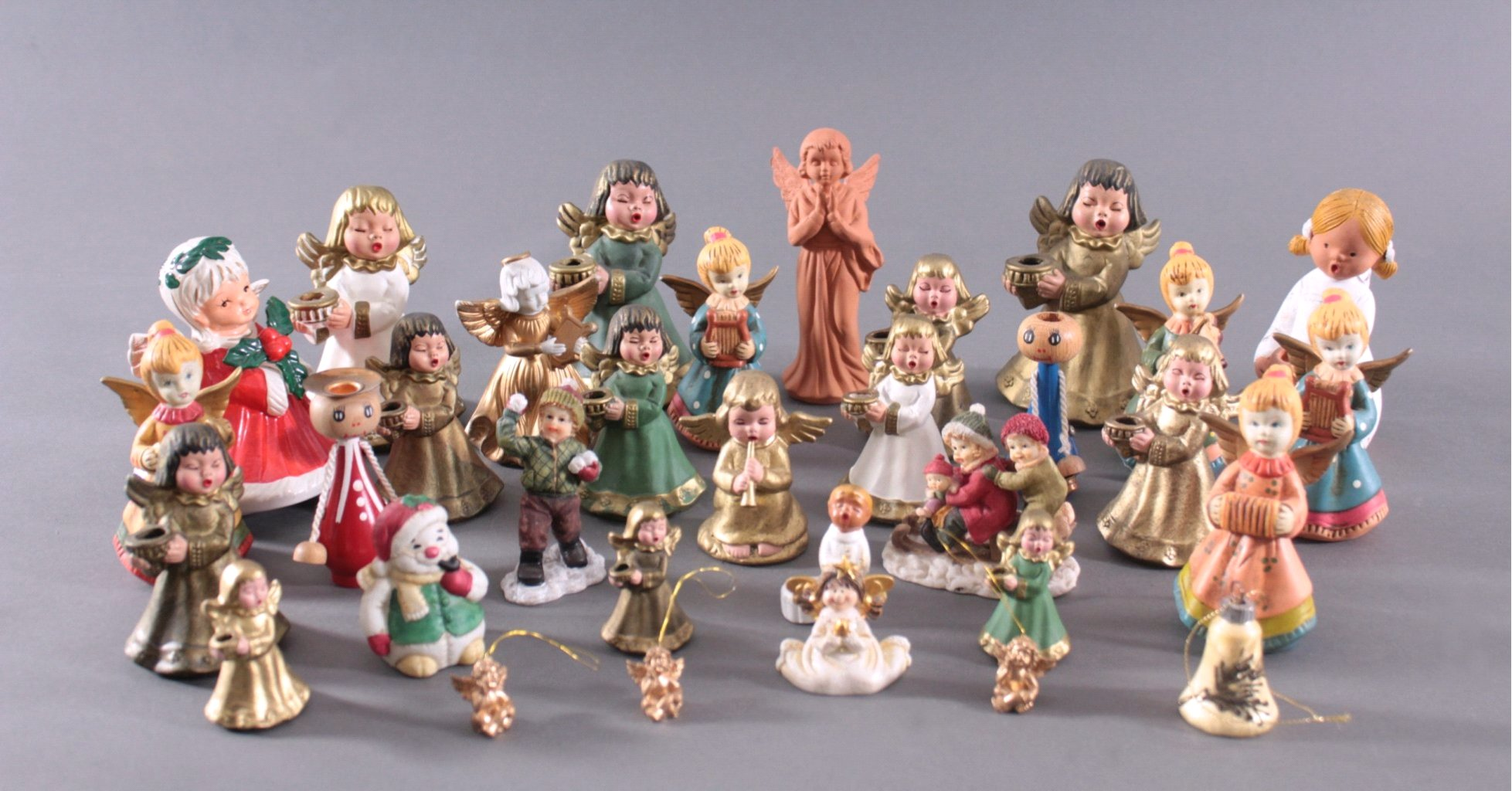 Sammlung Engelfiguren, überwiegend Bozner Engel