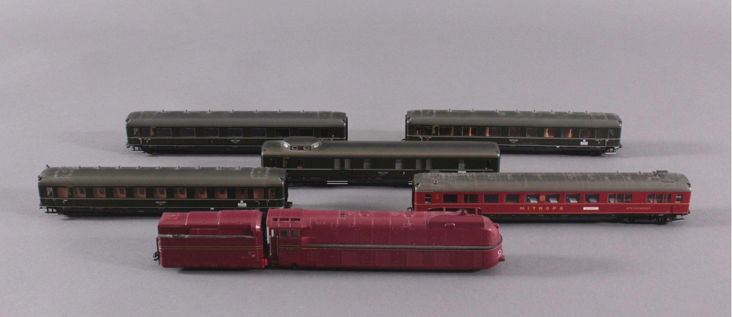Märklin H0 37050 Dampf Lok mit Tender BR 05 001