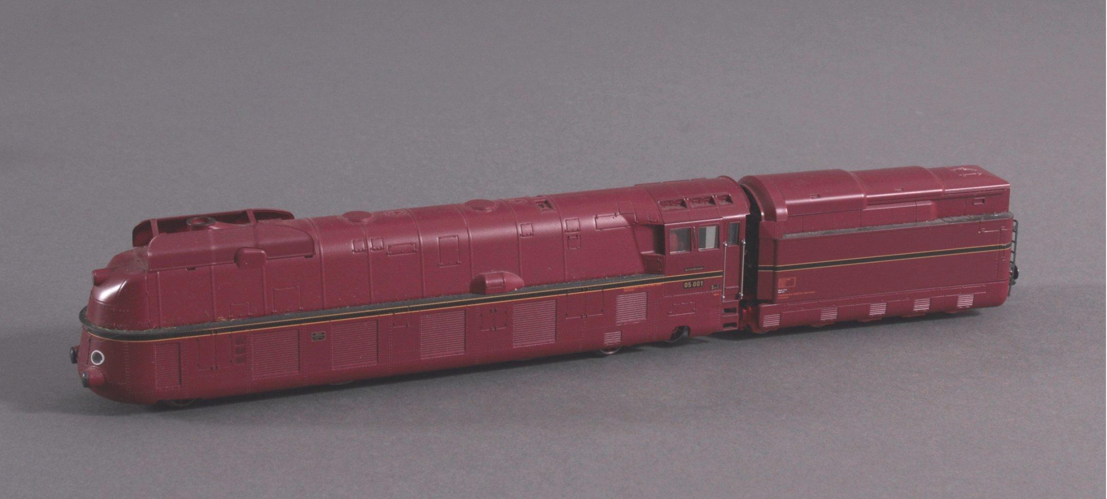 Märklin H0 37050 Dampf Lok mit Tender BR 05 001-1