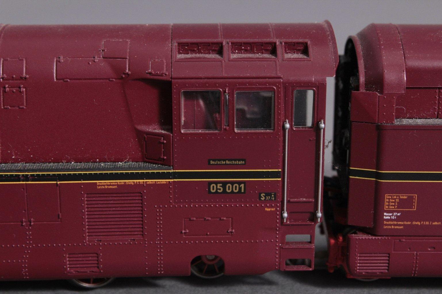 Märklin H0 37050 Dampf Lok mit Tender BR 05 001-2