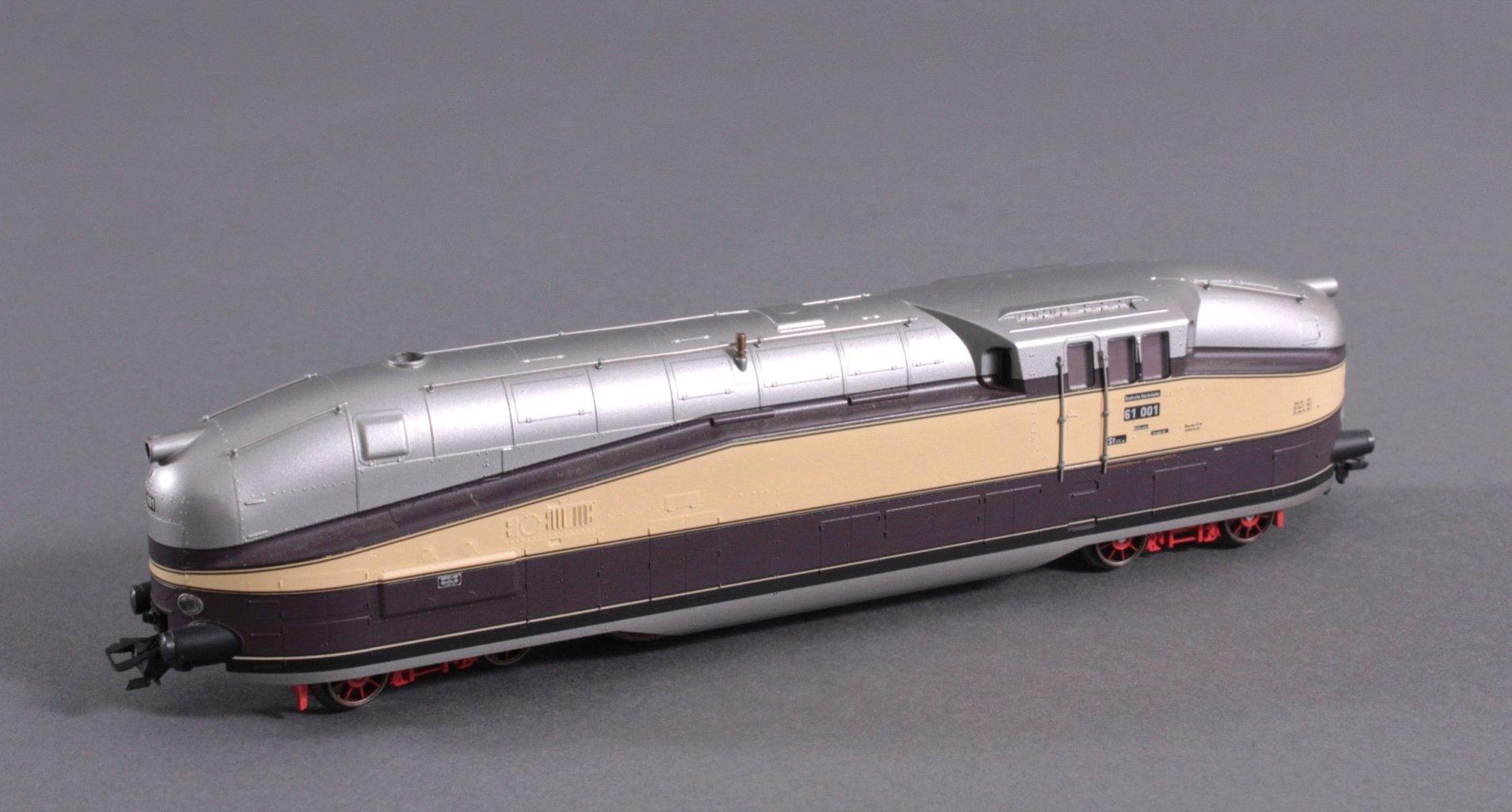Dampflok 61 001 Deutsche Rechsbahn Spur H0-1