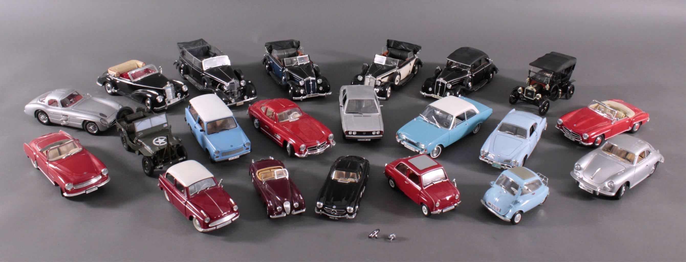 Sammlung Modellautos, 21 Stück