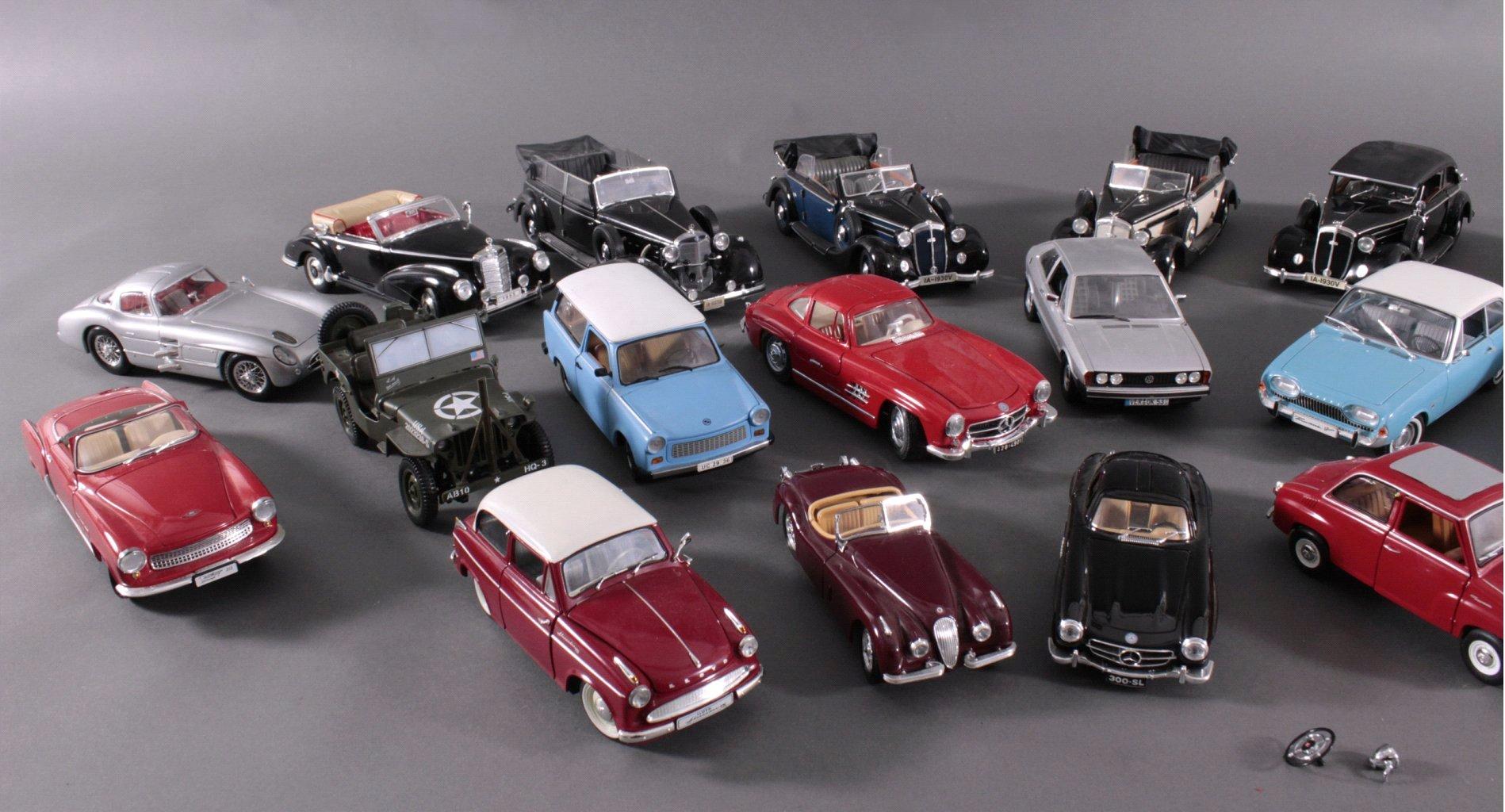 Sammlung Modellautos, 21 Stück-1