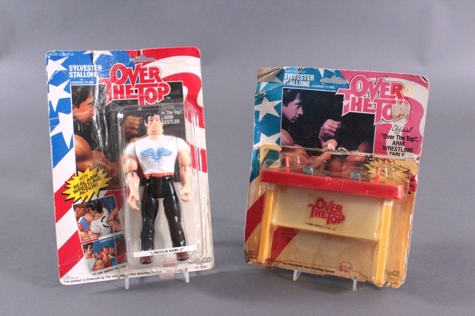 Over The Top Action Figur und Arm Wrestling Table