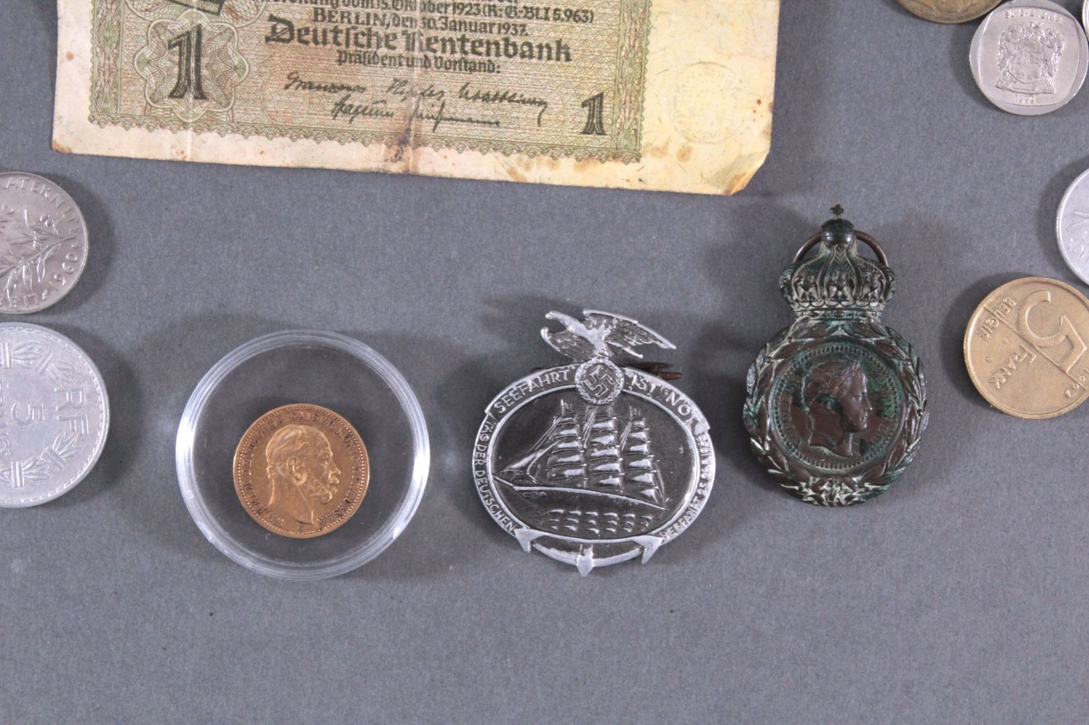 Konvolut Münzen Alle Welt mit 20 Mark Goldmünze von 1873-3