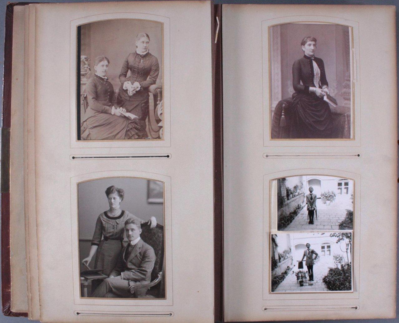 Einsteck-Fotoalbum um 1900-11