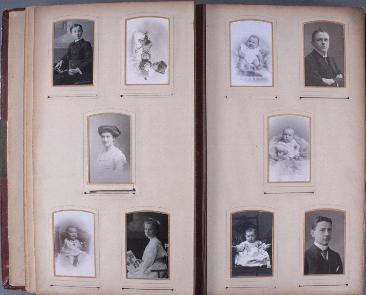 Einsteck-Fotoalbum um 1900-13
