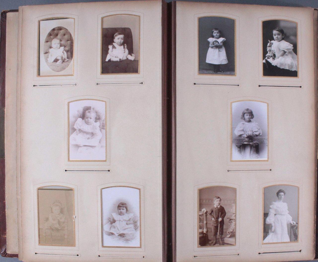 Einsteck-Fotoalbum um 1900-15