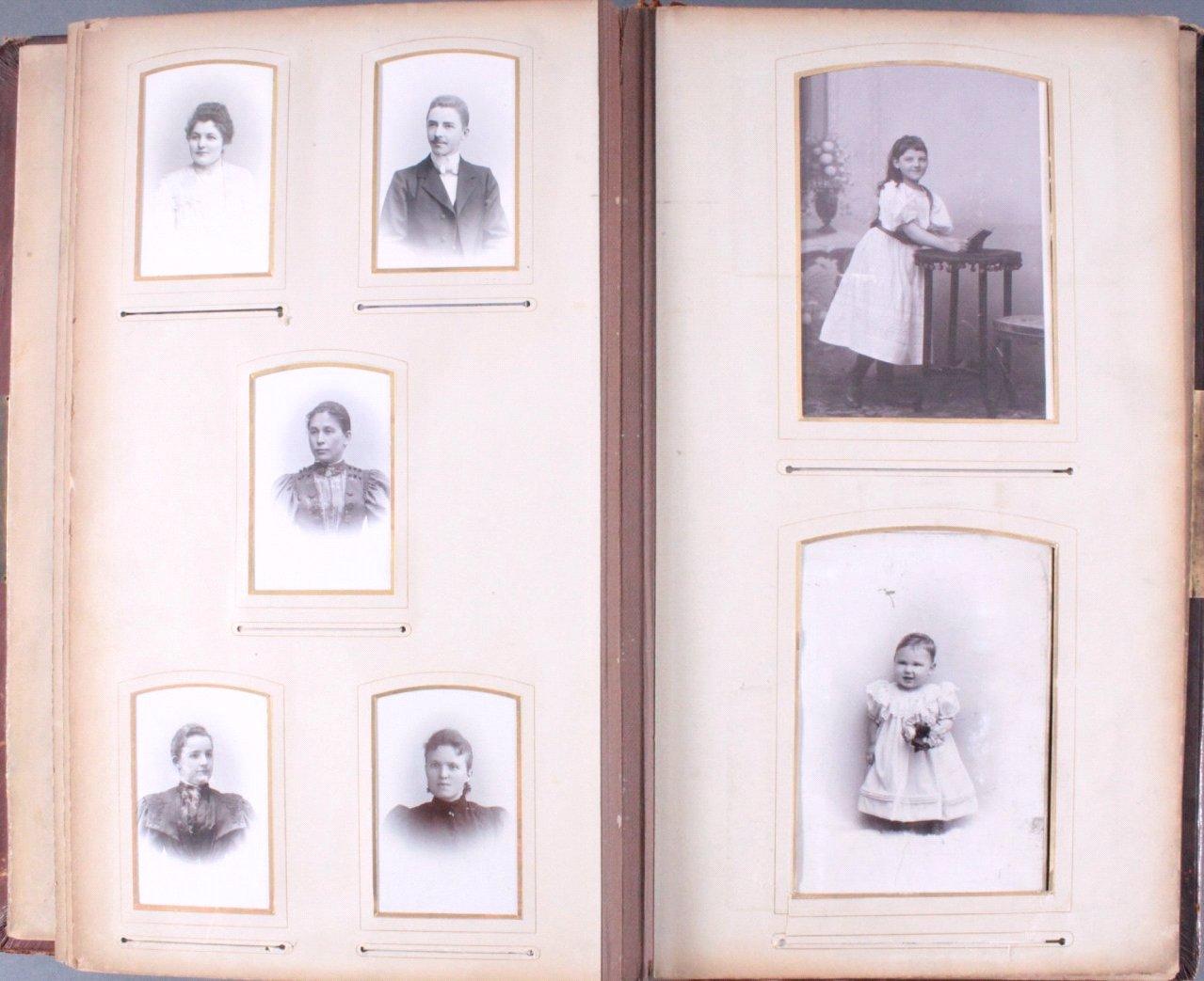 Einsteck-Fotoalbum um 1900-16