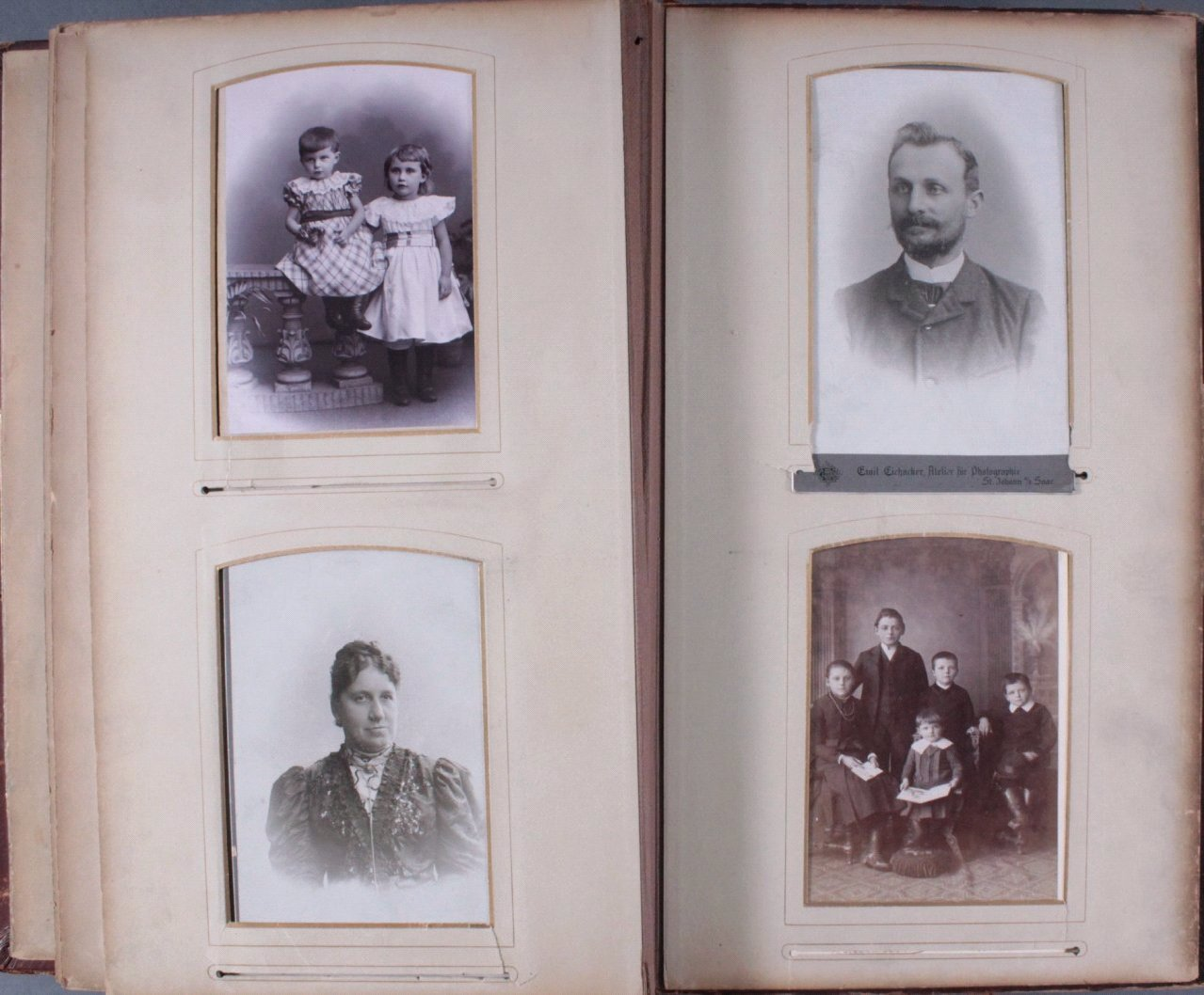 Einsteck-Fotoalbum um 1900-17