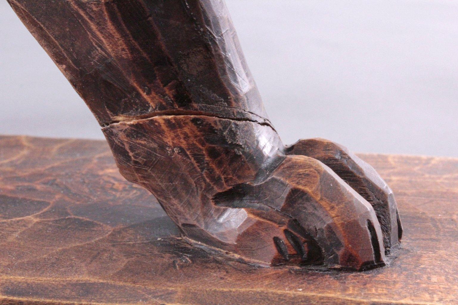 Brüllender Löwe, Holzskulptur-6