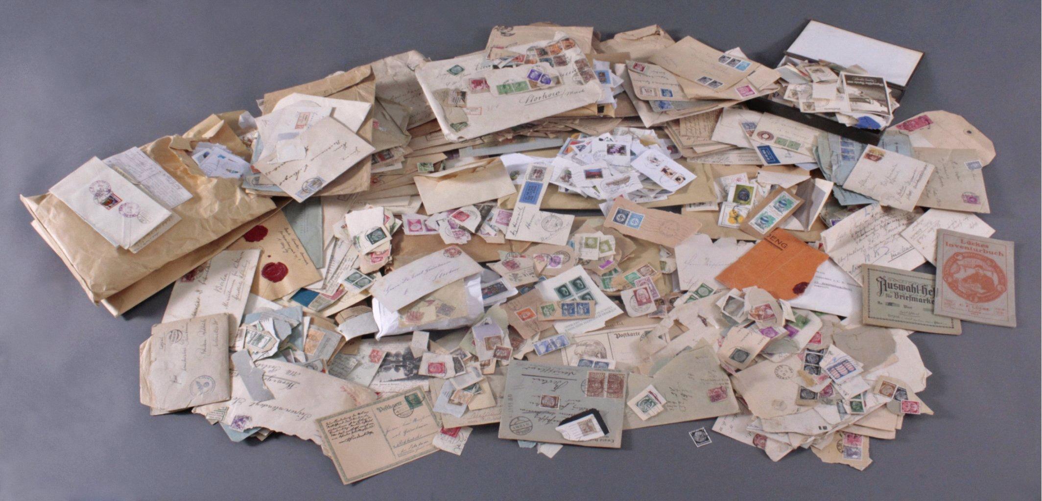 Wunderkiste Briefmarken und Briefe