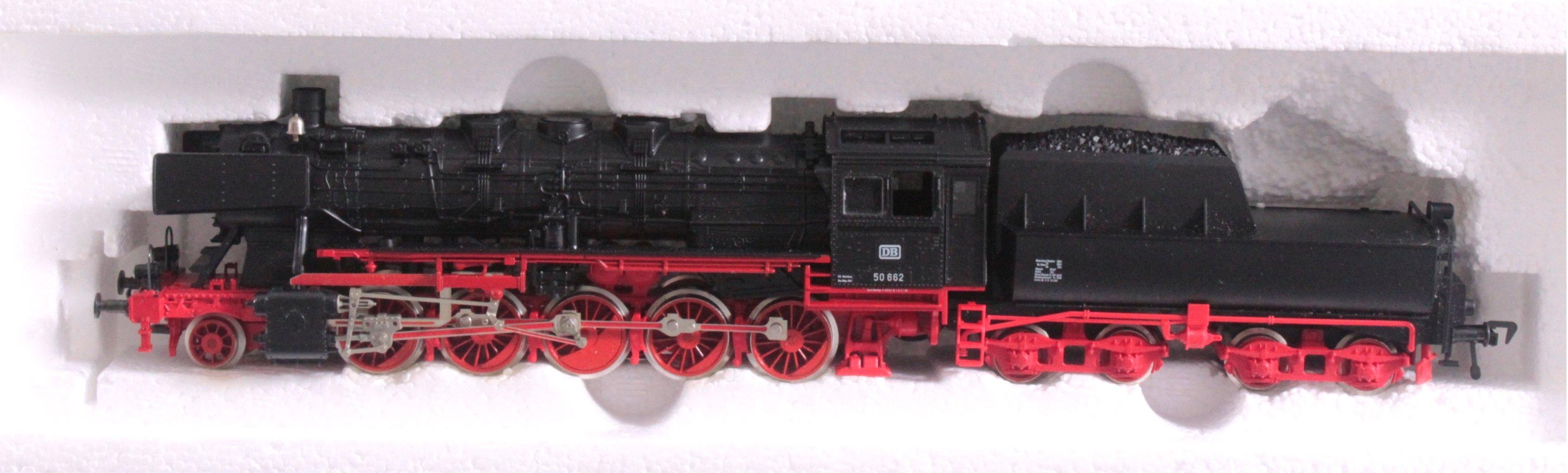 Fleischmann Dampflok mit Tender 4179 BR 50 662 Spur H0-1