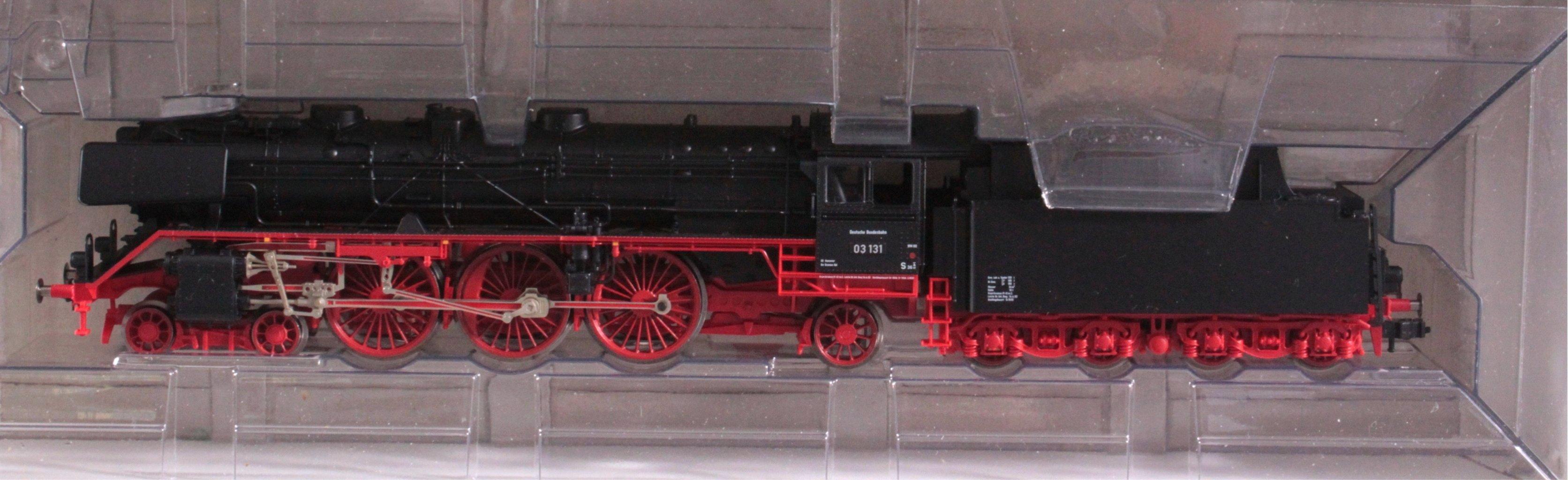 Fleischmann Dampflok mit Tender 4102 BR 03 131 Spur H0