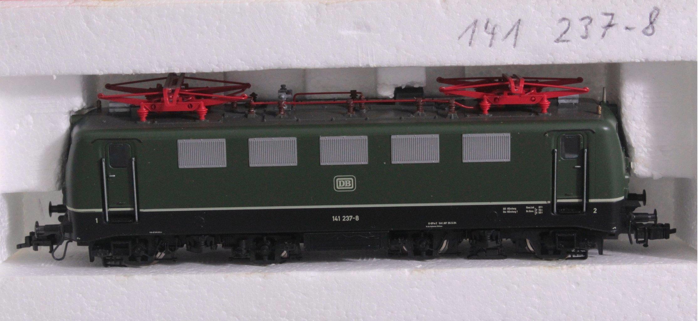 Fleischmann E-Lok mit Güterwagen-Set, Spur H0