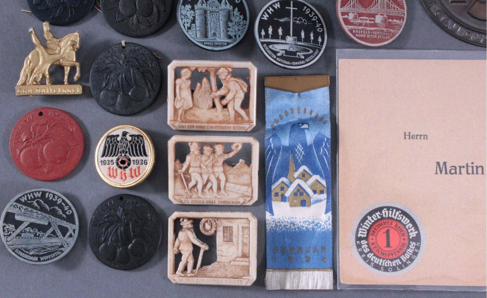 Ca. 60 WHW Abzeichen, Spendenbelege und Brief-2