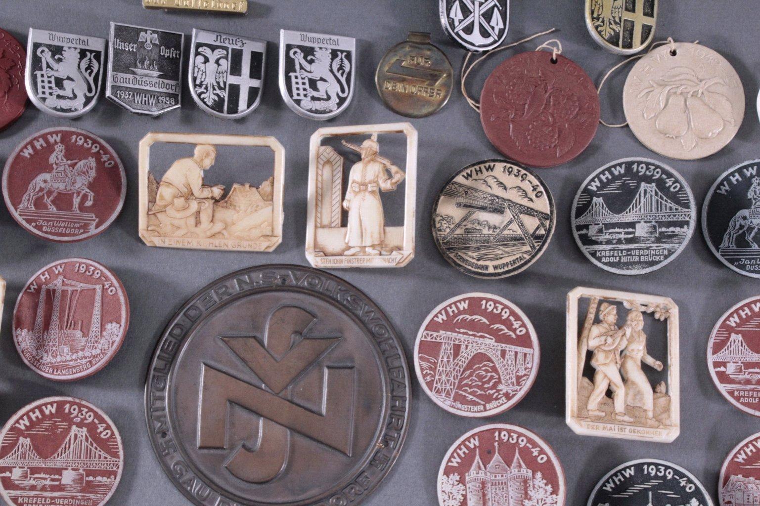Ca. 60 WHW Abzeichen, Spendenbelege und Brief-4
