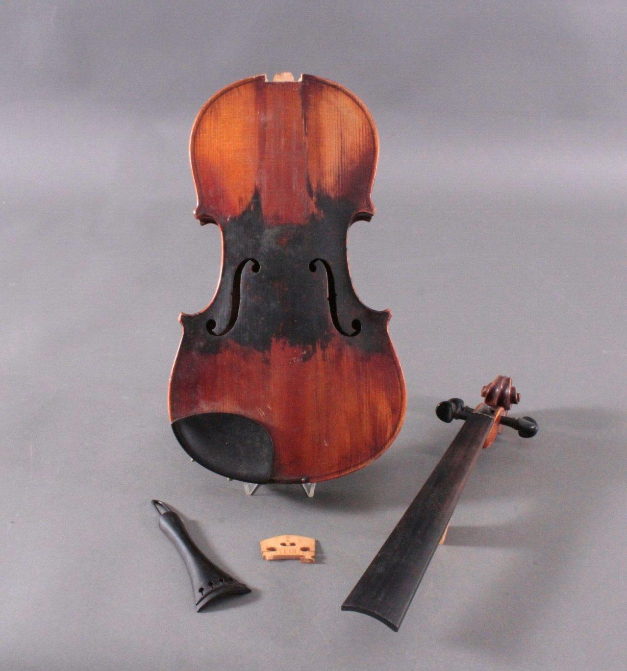 Geige / Violine mit Geigenkasten um 1900-1