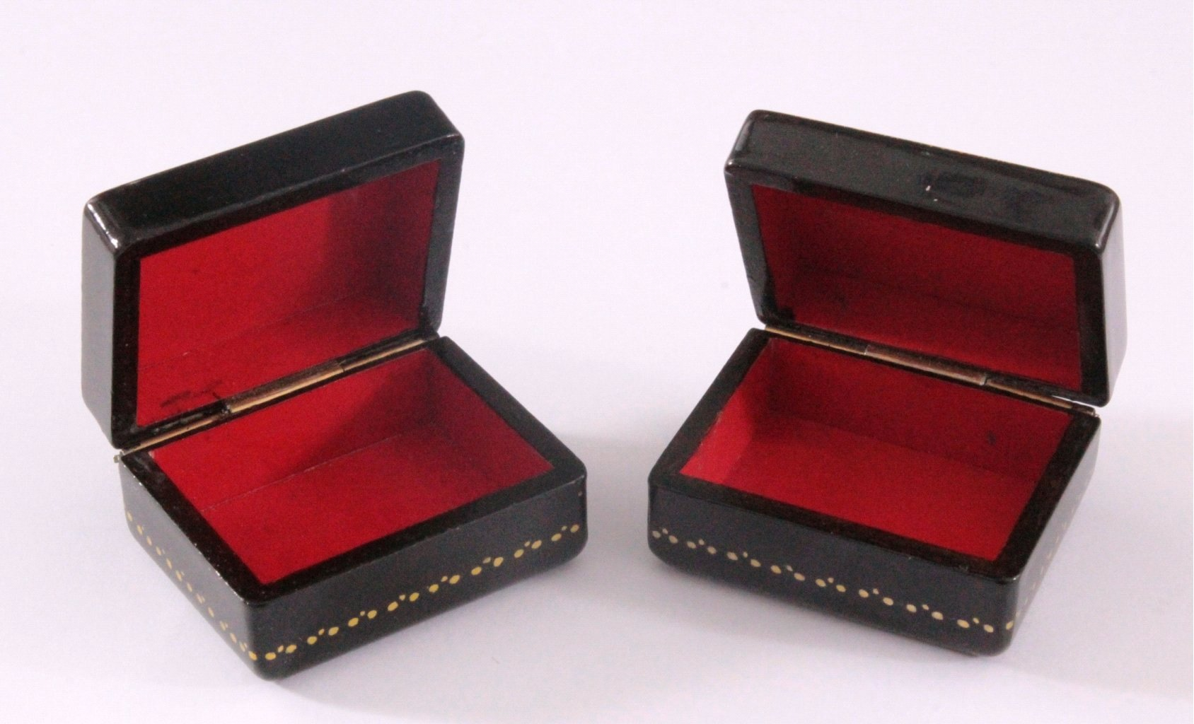 Russische Lackdosen-Miniaturen aus Fedoskino