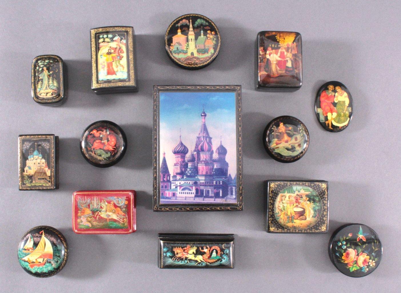 Sammlung Palech, handbemalte russische Lackdosen