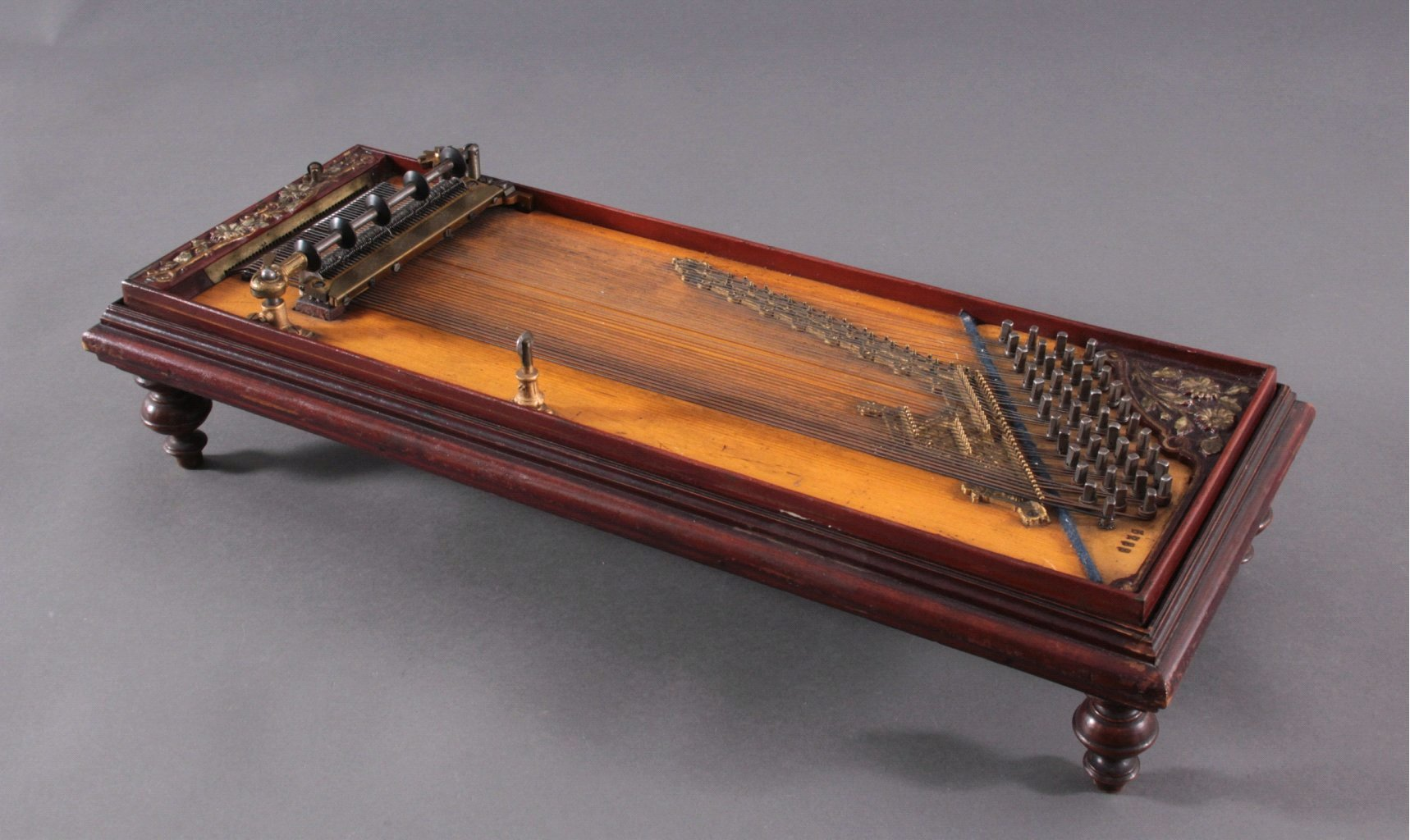 Mechanische Zither, Chordeophon-1