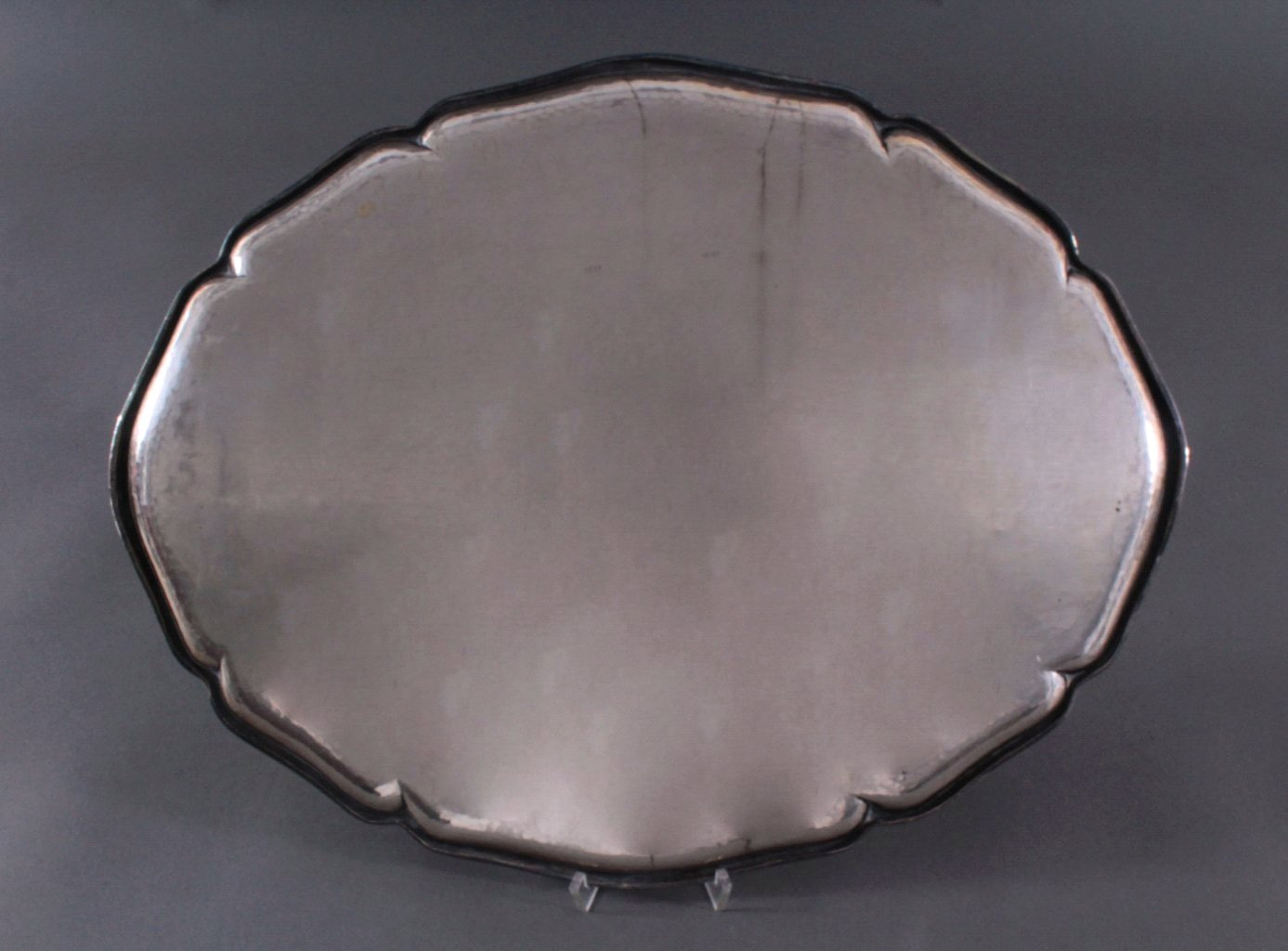 Großes Silbertablett, 830er Silber deutsche Punze