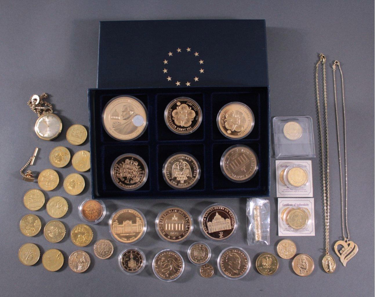 Vergoldete Münzen Medaillen Und Schmuck Lotsearchde
