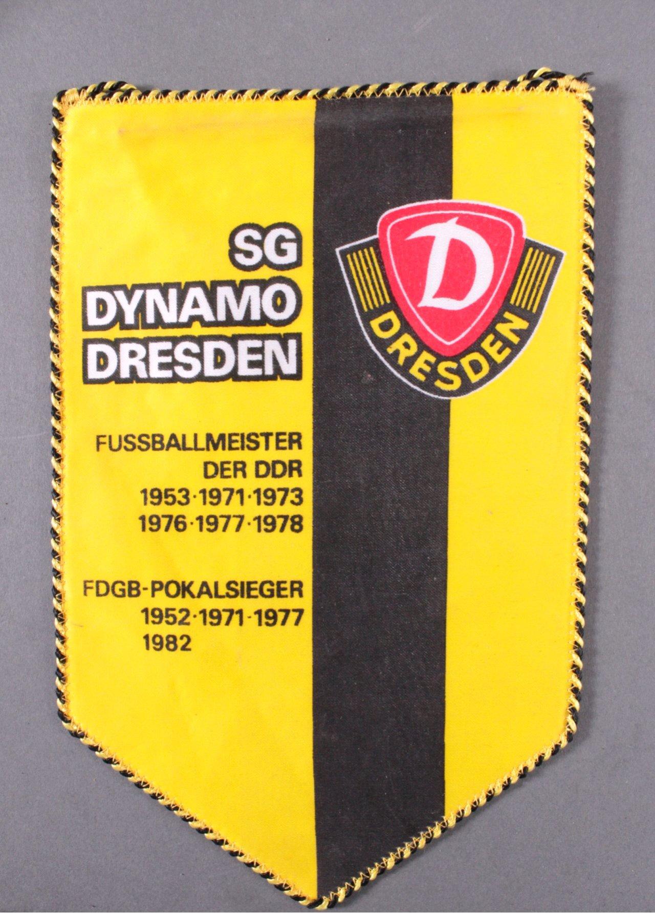 Wimpel SG Dynamo Dresden-1