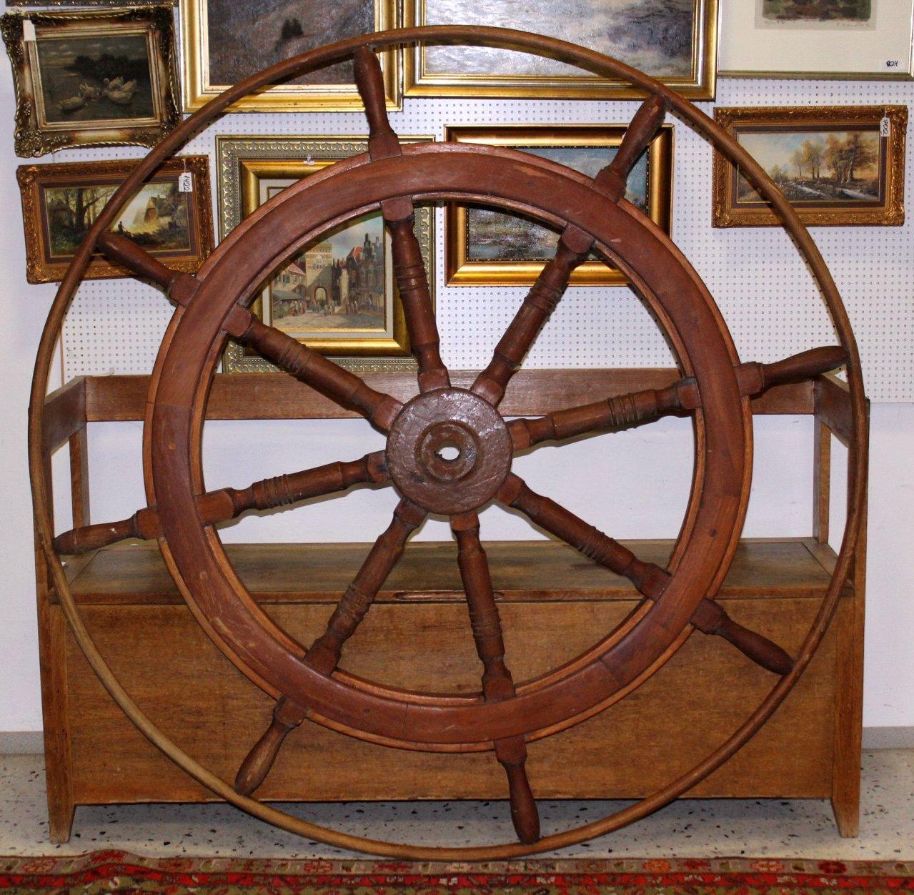 Sehr Großes Schiffssteuerrad um 1880