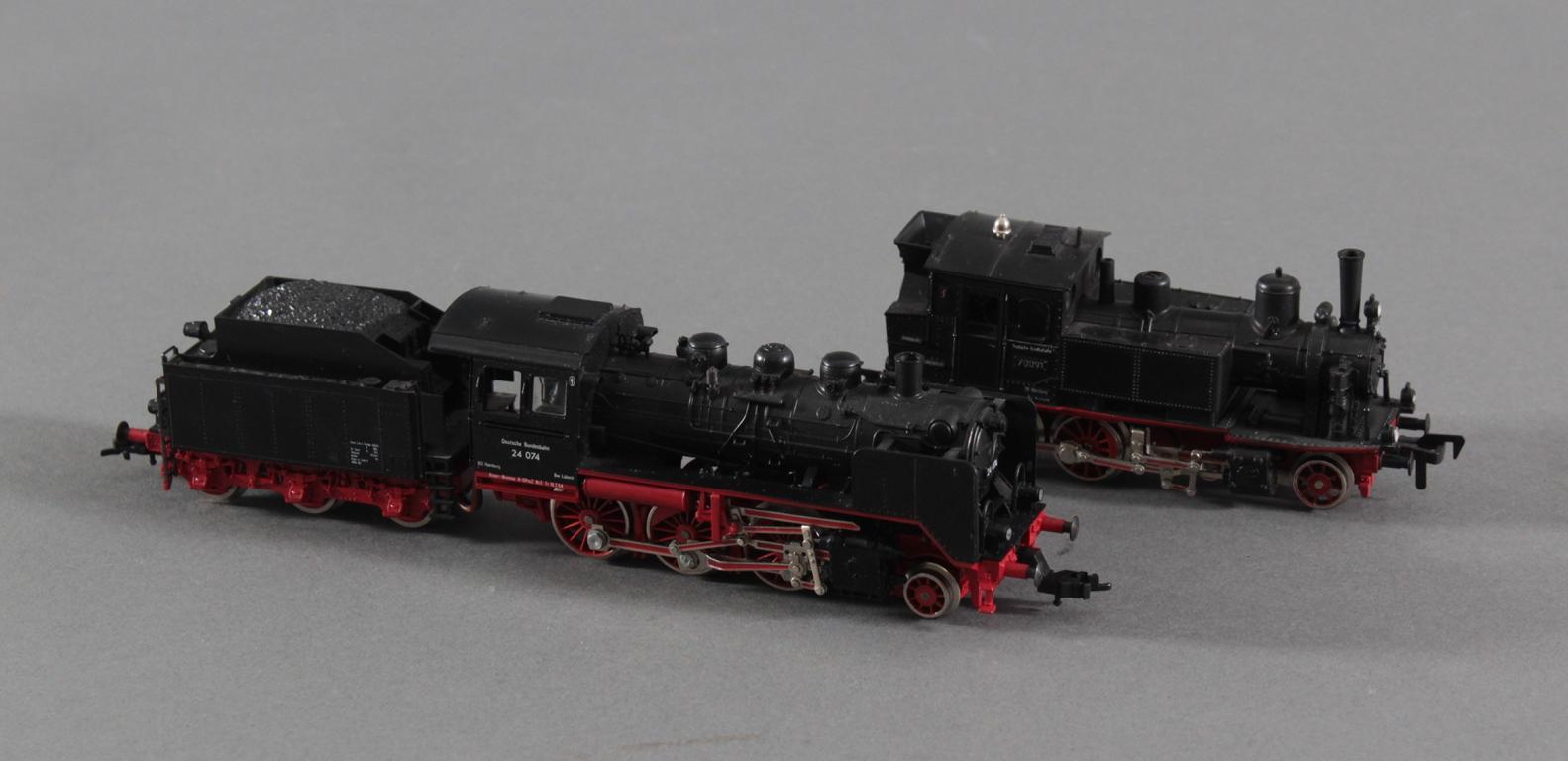 2 Fleischmann Dampfloks Spur H0 70091 und 24 074-2