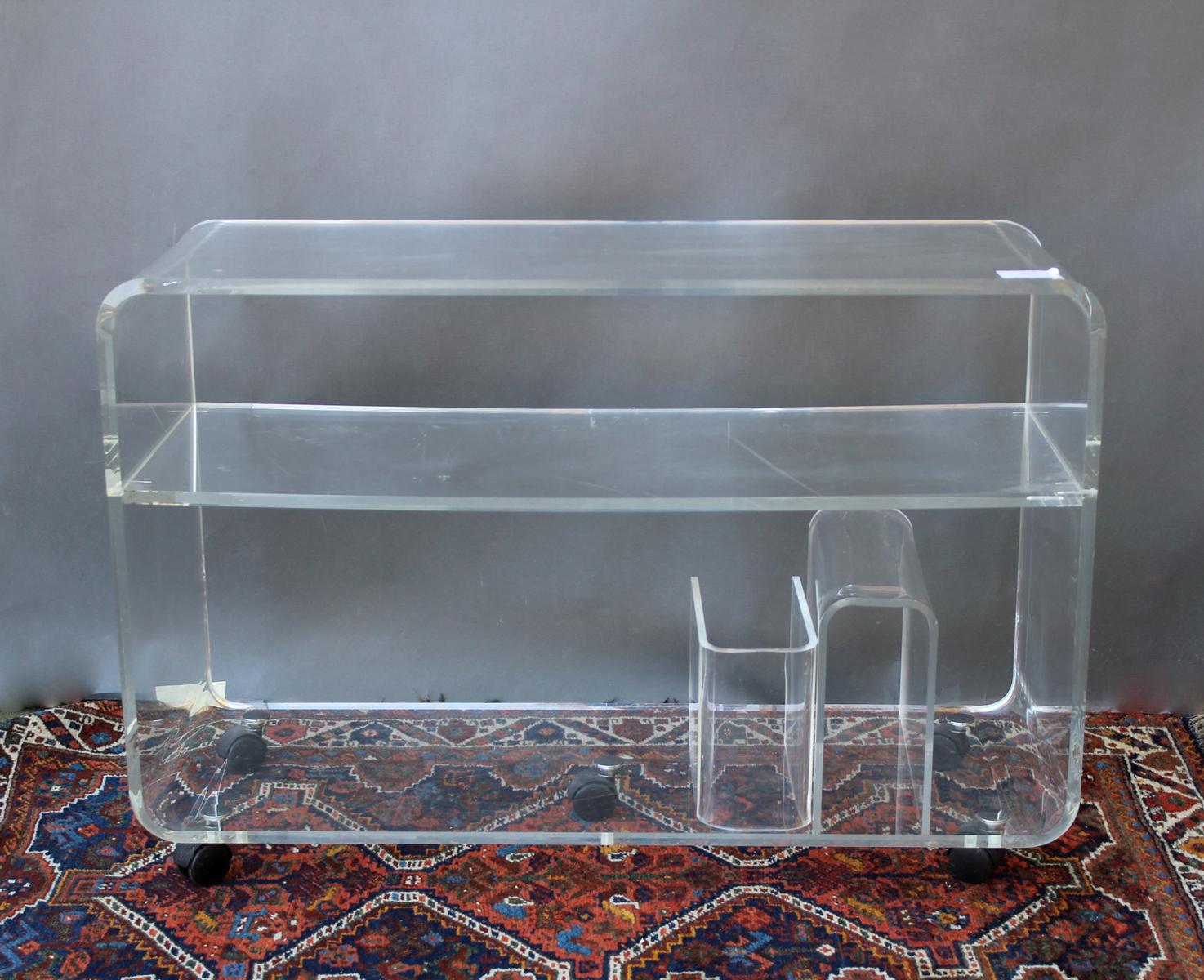 Phono-Tisch, Plexiglas-2