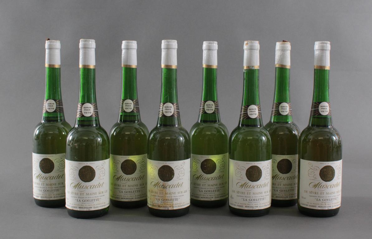 8 Flaschen 1979er Muscadet 'La Goelette'