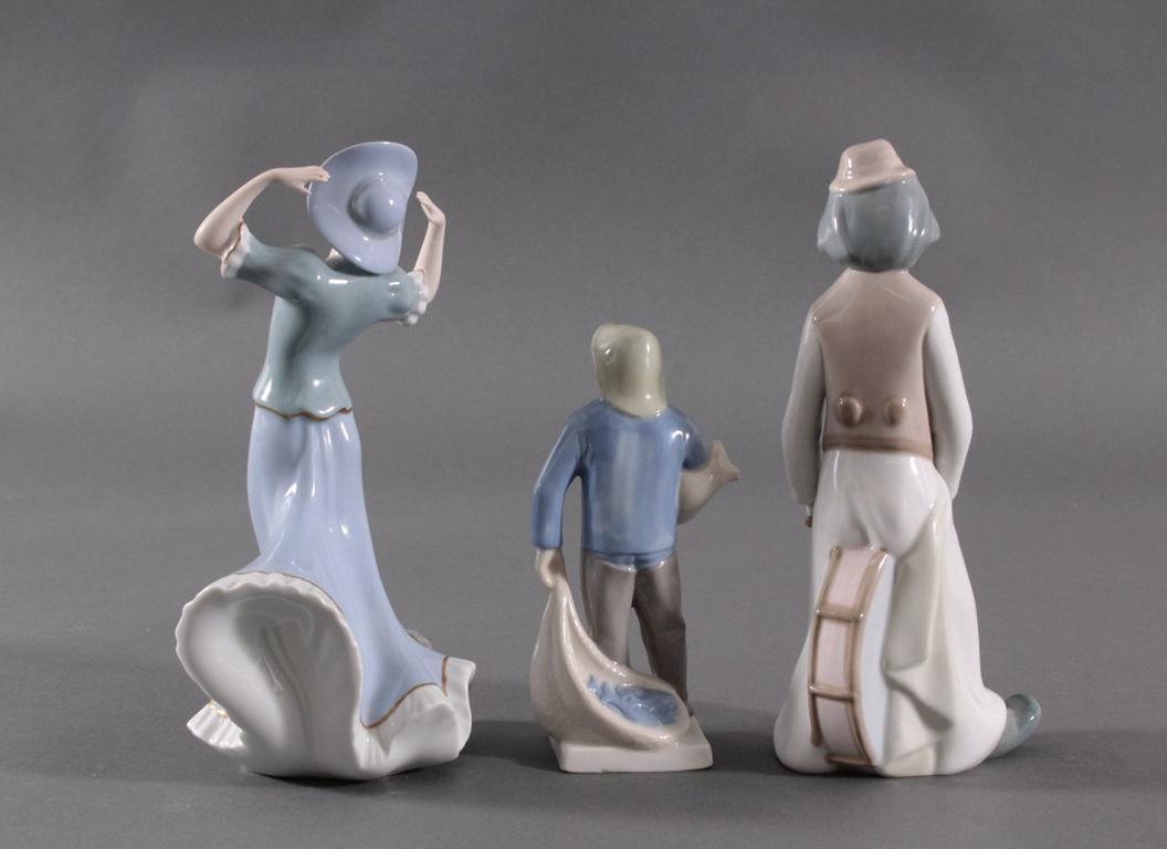 Drei Porzellanfiguren-2