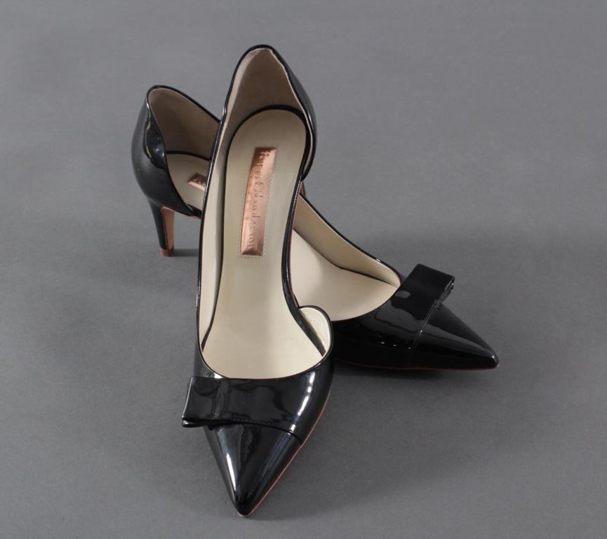 Paar Luxury Designer Damenschuhe von Rupert Sanderson