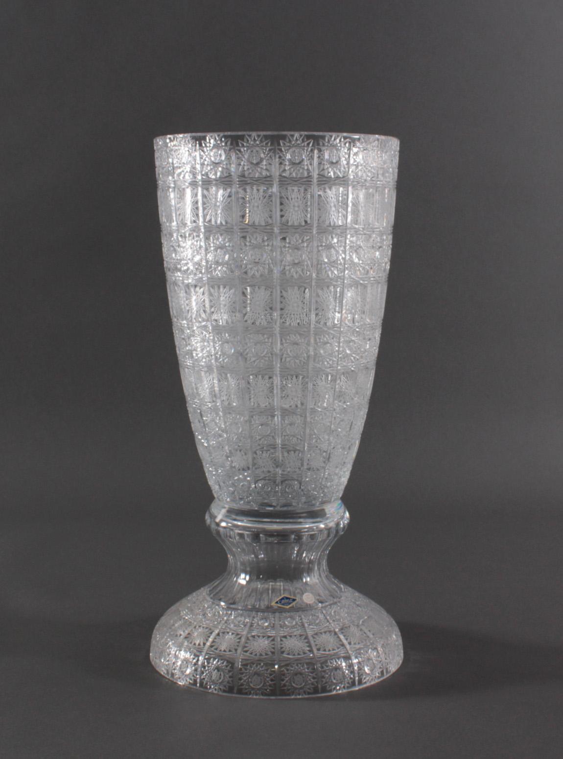 Sehr große dekorative Bleikristall-Vase. Bohemia Aurum