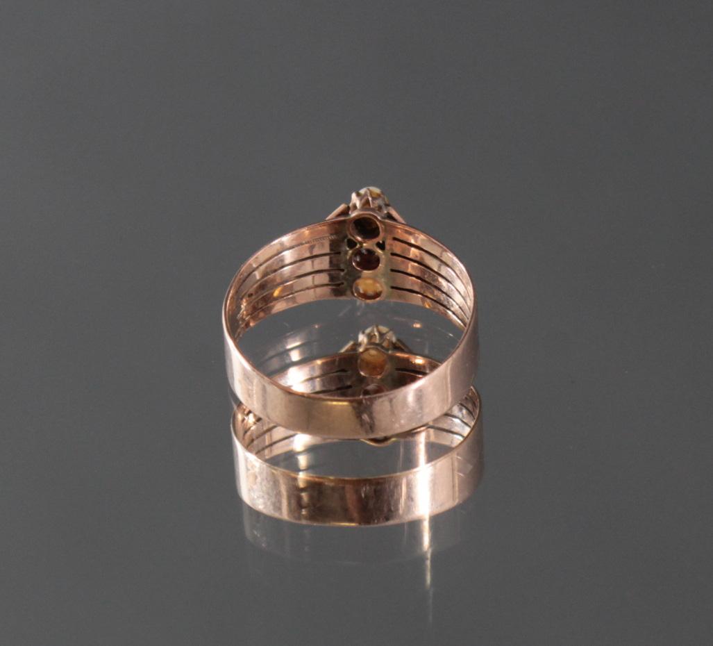Damenring mit Perlen und Granat-Besatz im Diamantschliff-3