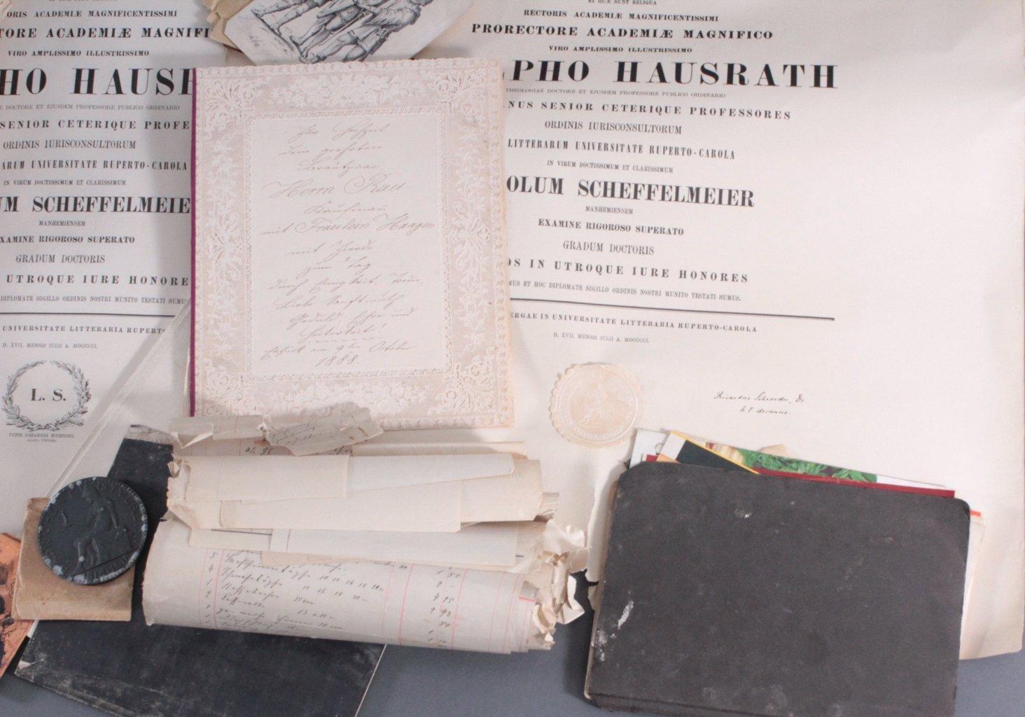 Großer  Papier und Dokumentennachlass , Karton prall gefüllt-6