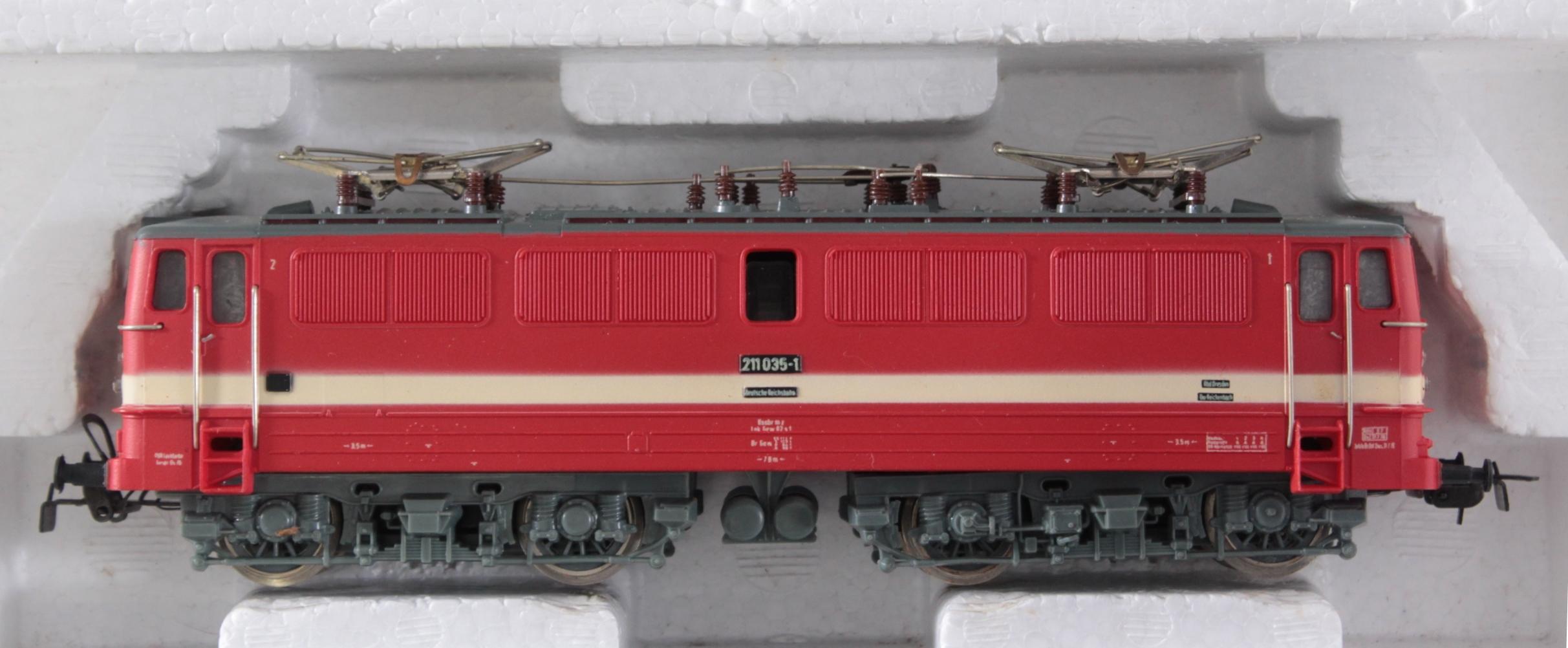 Piko Komplettanlage mit 2 E-Loks und 1 Dampflok Spur H0 in der Originalverpackung-5