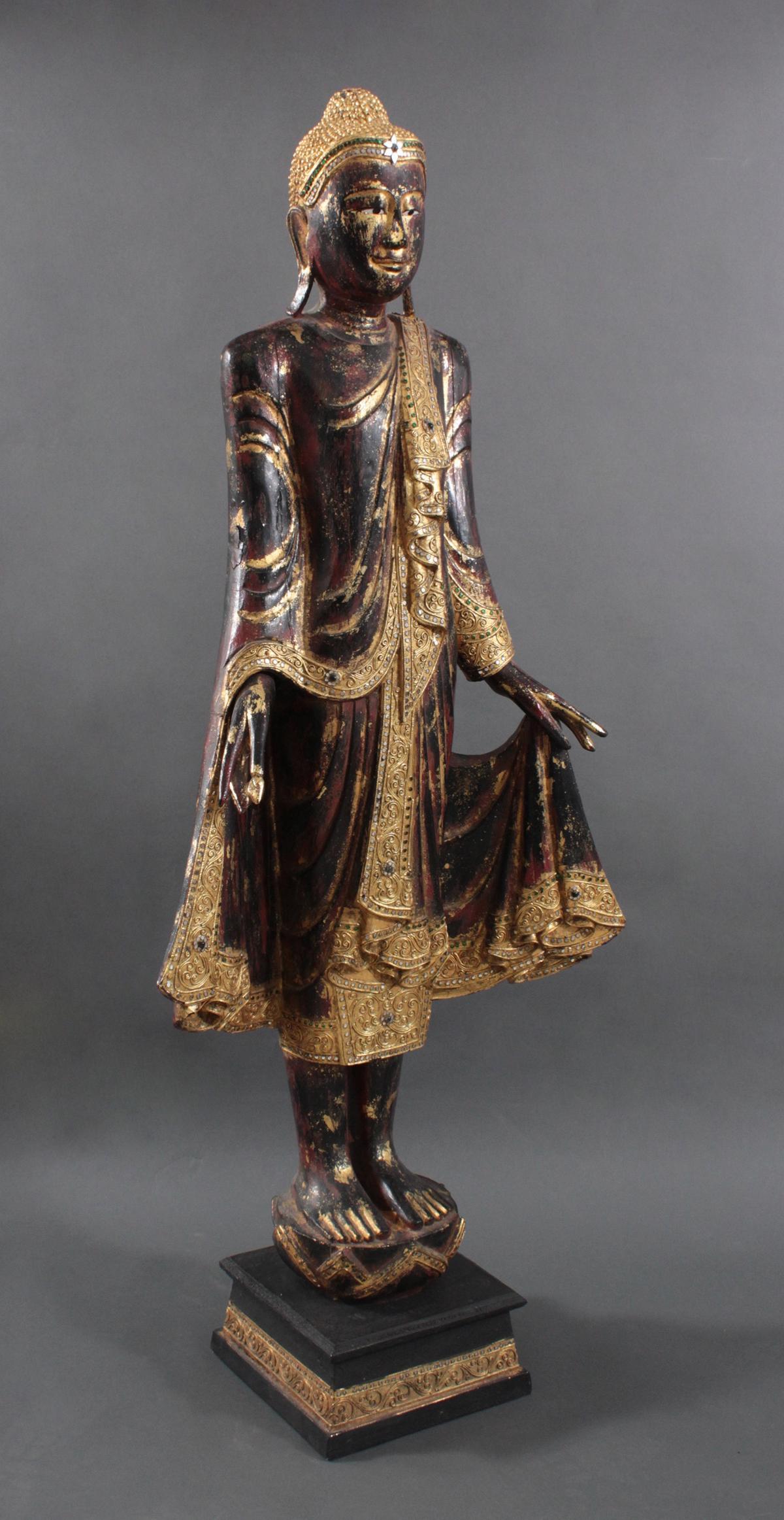 Stehender Gautama-Buddha-2