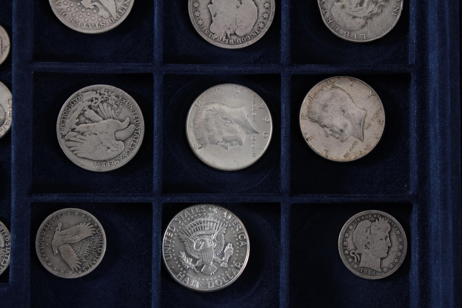 USA, Münzsammlung in blauer Sammelbox-4