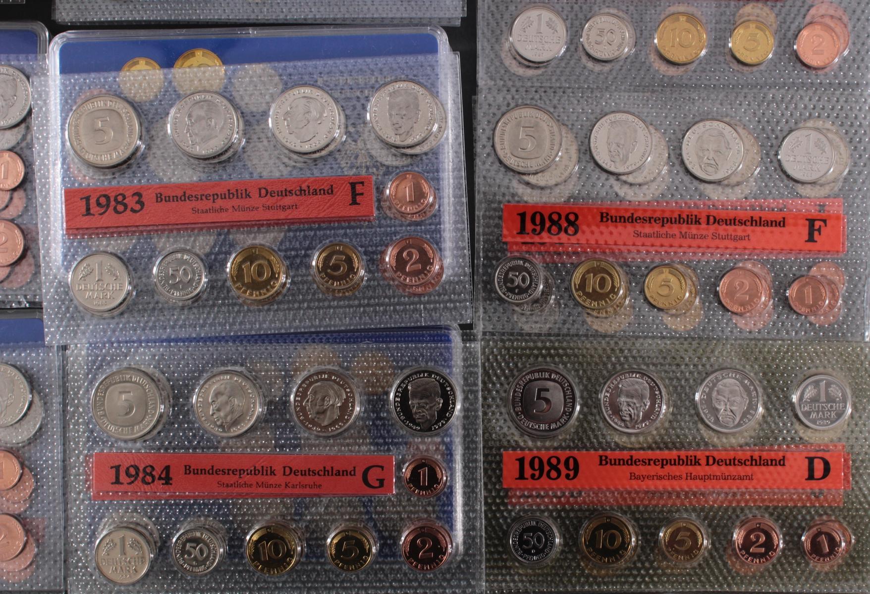 Sammlung Kursmünzensätze in allen Prägeanstallten 1974 – 1989-2