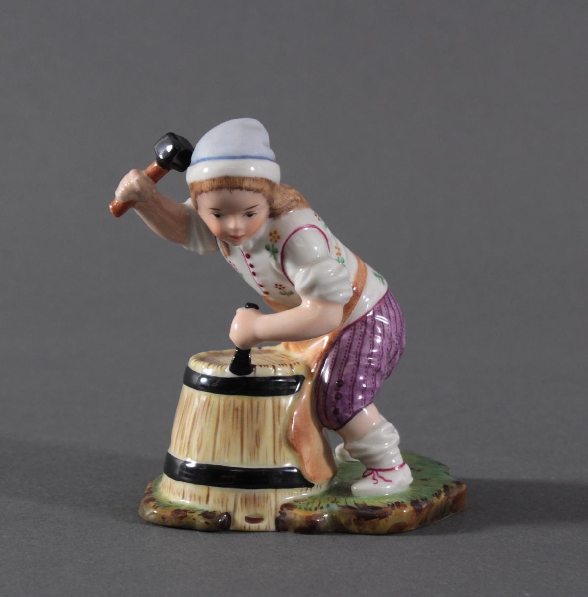 Porzellanfigur, Höchster Porzellanmanufaktur, 'Der kleine Böttcher'
