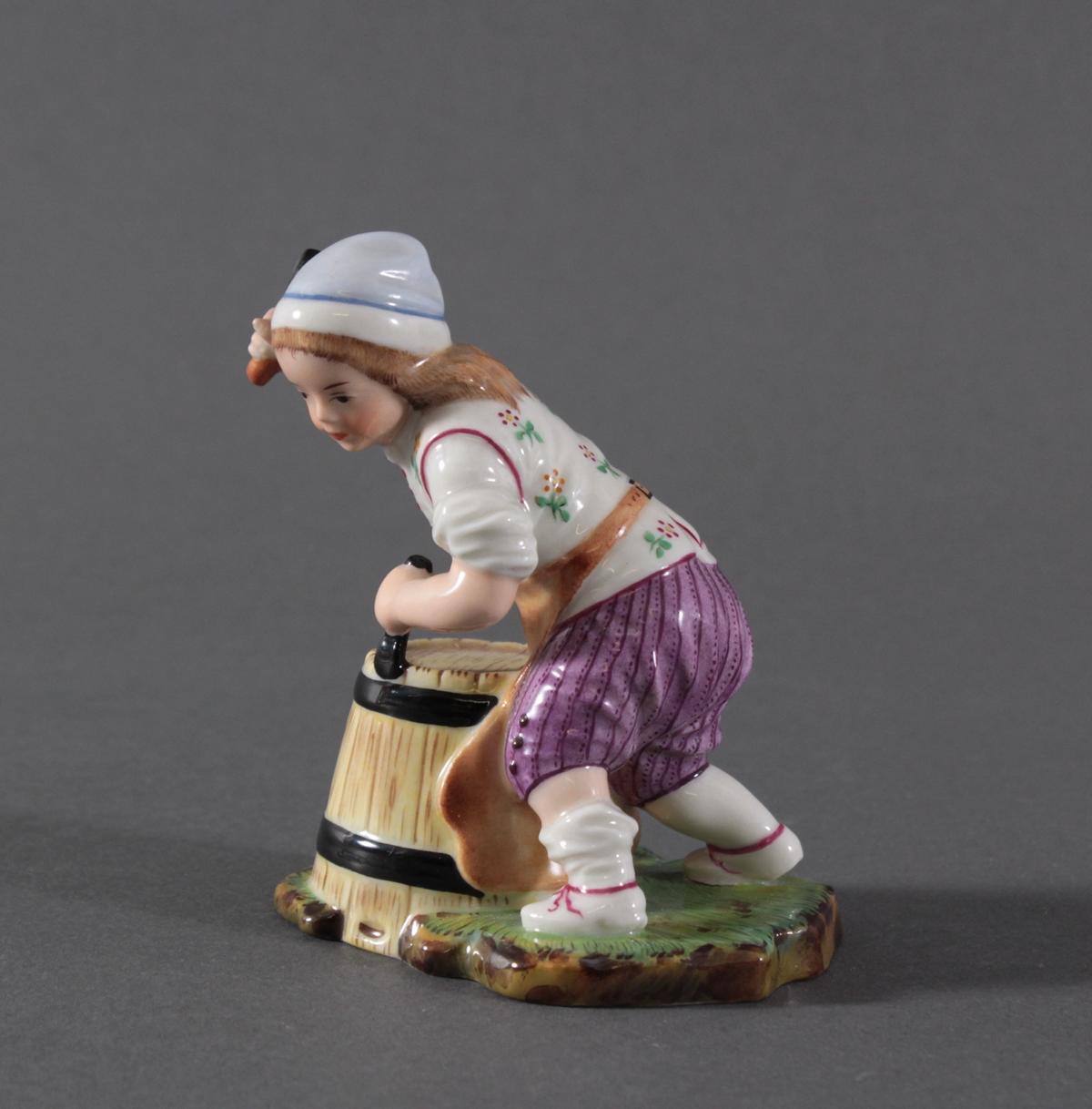 Porzellanfigur, Höchster Porzellanmanufaktur, 'Der kleine Böttcher'-2