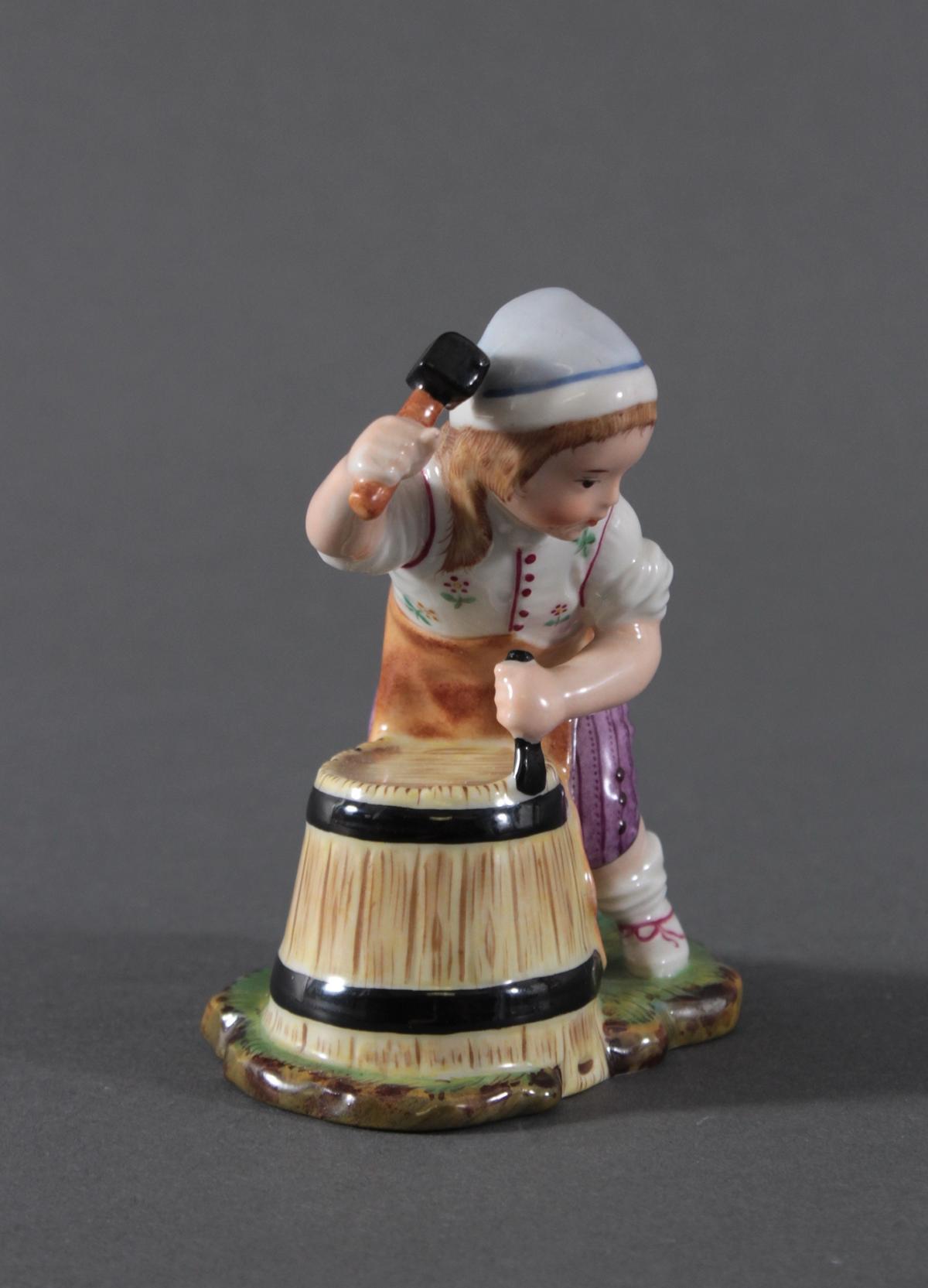 Porzellanfigur, Höchster Porzellanmanufaktur, 'Der kleine Böttcher'-3