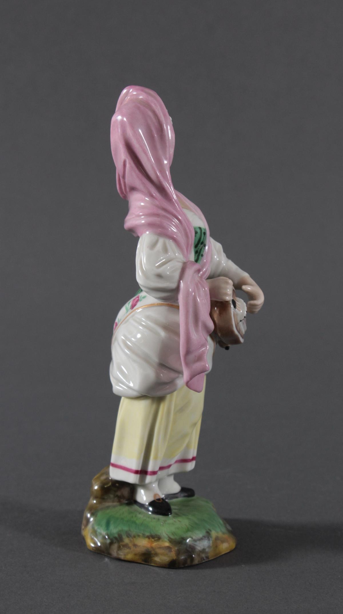 Porzellanfigur, Höchster Porzellanmanufaktur, 'Drehleispielerin'-5