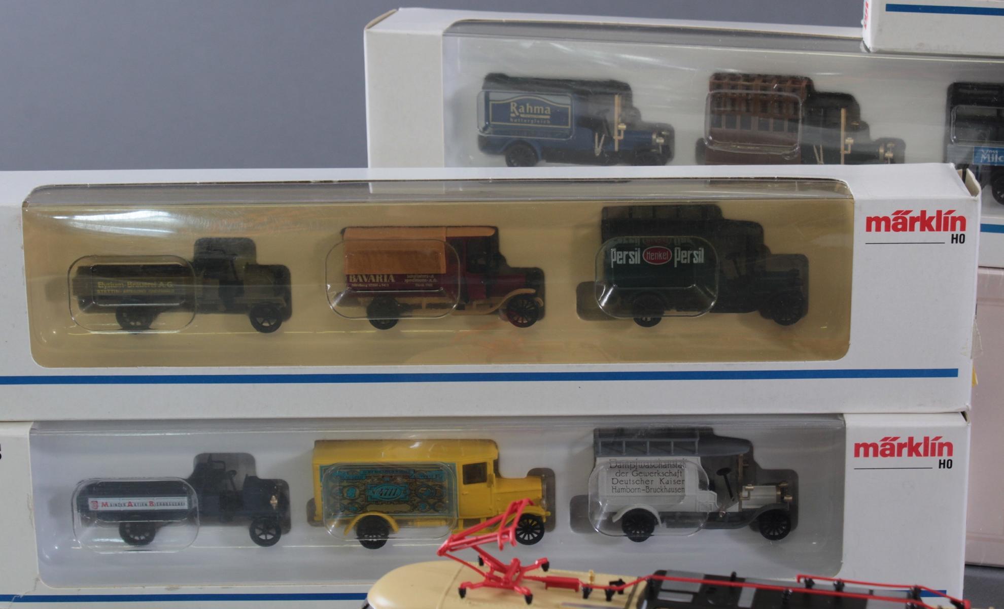 Märklin Modellautos und Atlas Zugmodelle in der original Verpackung, Spur H0-4
