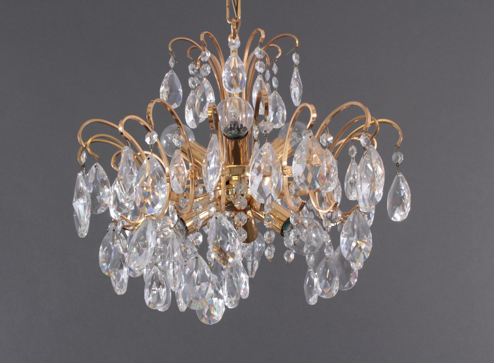Vergoldete Deckenlampe mit Kristallprismen, 2. Hälfte 20 Jh.-2